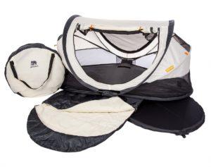 pop up babyreisebett das extra leichte reisebett f r unterwegs. Black Bedroom Furniture Sets. Home Design Ideas